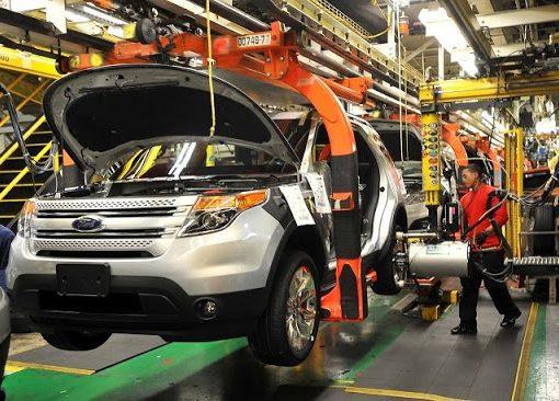 Industria automotriz en España retomará actividades esta semana con leve repunte en demanda