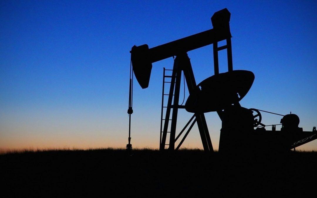 Exportación petrolera de Venezuela se quedó estancada en julio en menos de 400 mil bpd