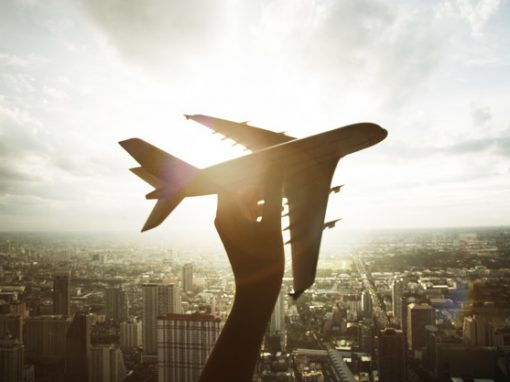 """Alemania estudia reducir """"prácticamente a cero"""" el tráfico aéreo ante avance de la pandemia"""