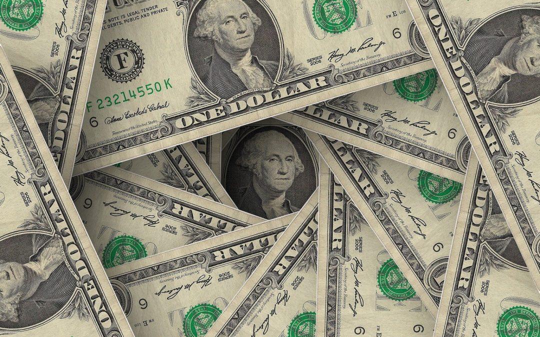 La dolarización de facto en Venezuela se ha ido normalizando, afirma economista Francisco Allen