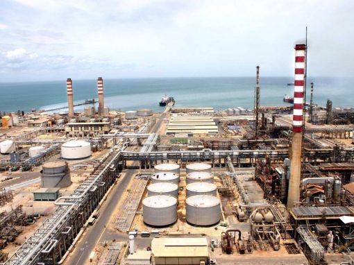 Rafael Quiroz: PDVSA produce menos de la mitad de la gasolina que necesita el parque automotor venezolano