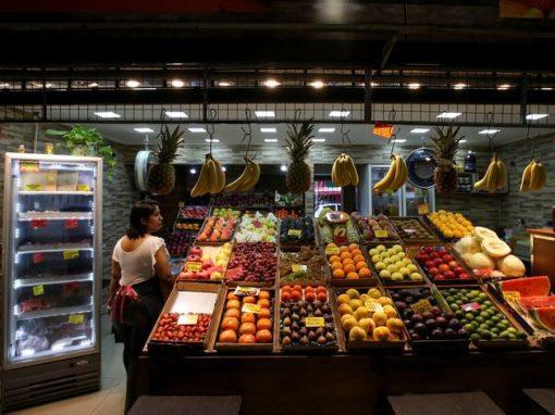 """La fruta: El alimento """"de lujo"""" para la mayoría de los venezolanos"""