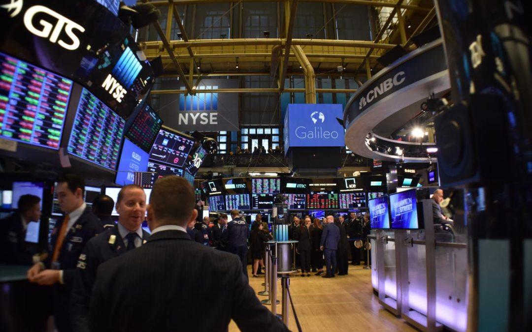 Wall Street abre mixto, con el Dow Jones bajando 0,16%