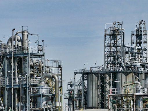 Petrolera Total perdió 8.133 millones de dólares en primeros nueve meses del año
