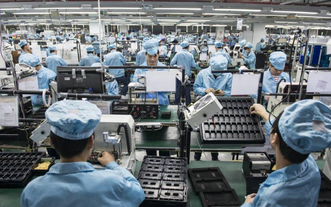 En China la actividad de las fábricas se aceleró a su ritmo más rápido en noviembre