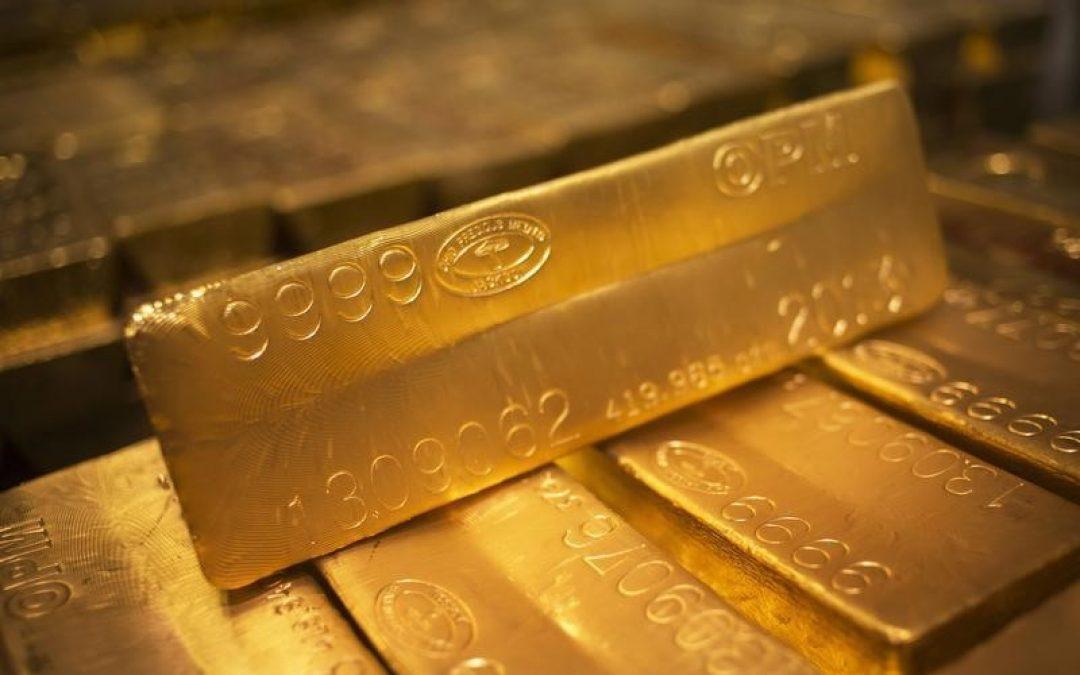 Oro sube por debilidad del dólar