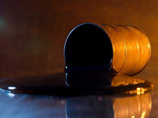 Petróleo abre la semana con ganancias