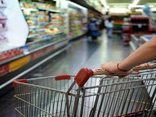 """Venezuela: Estiman aumento de 38% en canasta básica de abril """"y mucho mayor en mayo"""""""