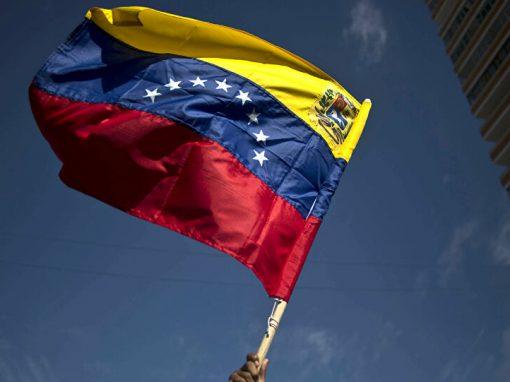 Asdrúbal Oliveros: Recuperar la economía venezolana tomará de 10 a 15 años
