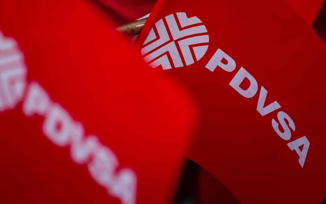 Bloomberg: PDVSA intenta producir gasolina reutilizando mejoradores de petróleo