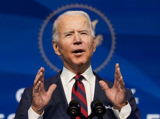 Biden implementará cambios en el programa de préstamos para llegar a empresas más pequeñas