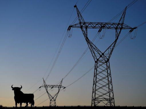 Deuda por déficit eléctrico en España se redujo un 13,9% en 2020