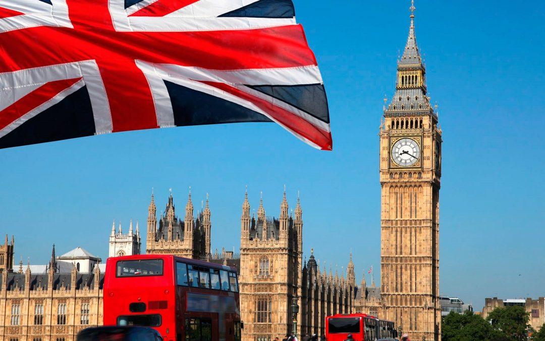 La tasa de desempleo en el Reino Unido disminuyo entre mayo y julio