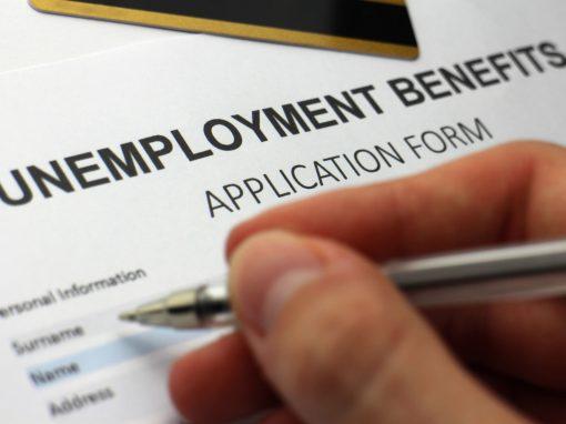 Solicitudes de subsidio por desempleo en EEUU llegan a mínimo de casi tres meses