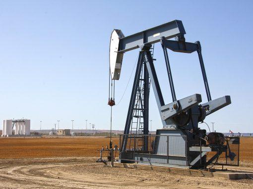 Petróleo abre la semana al alza
