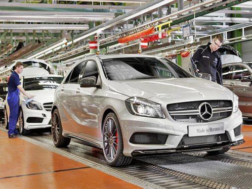 Mercedes Benz suspende su producción en Brasil