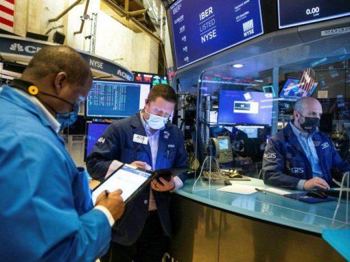 Wall Street cierra mixto tras los datos de inflación y las actas de la Reserva Federal