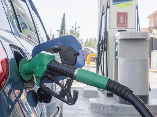 En España el precio de la gasolina baja por primera vez desde noviembre