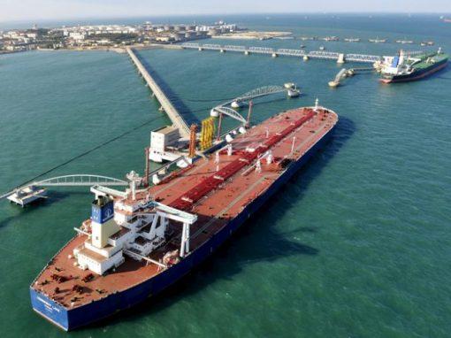 Importaciones chinas de crudo saudita aumentan en marzo