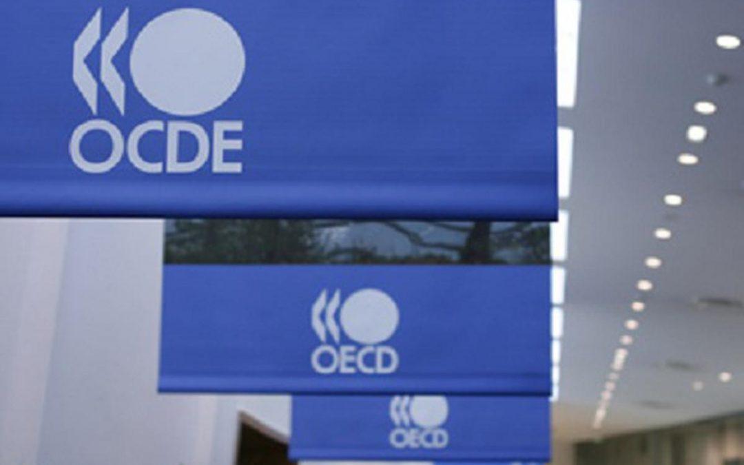 Los países de la OCDE registran un leve descenso en desempleo