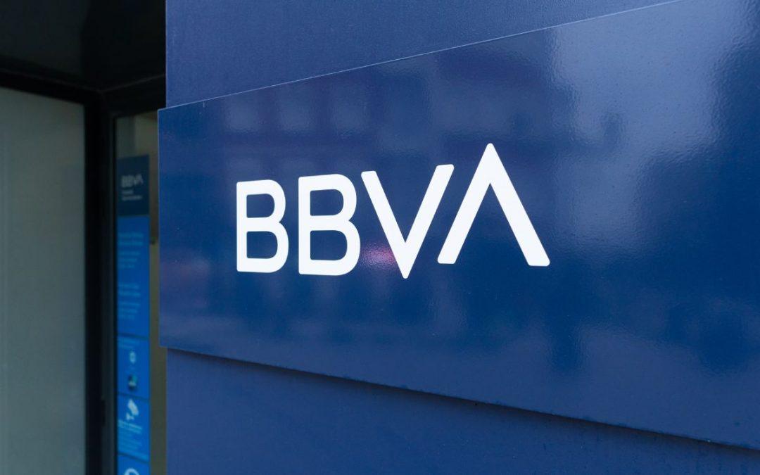 BBVA ganó entre $240 y $300 millones con el salto a la bolsa de Coinbase