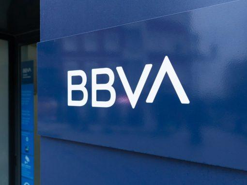 BBVA: La economía de México crecerá este año, pero no se recuperará de la contracción histórica del 2020