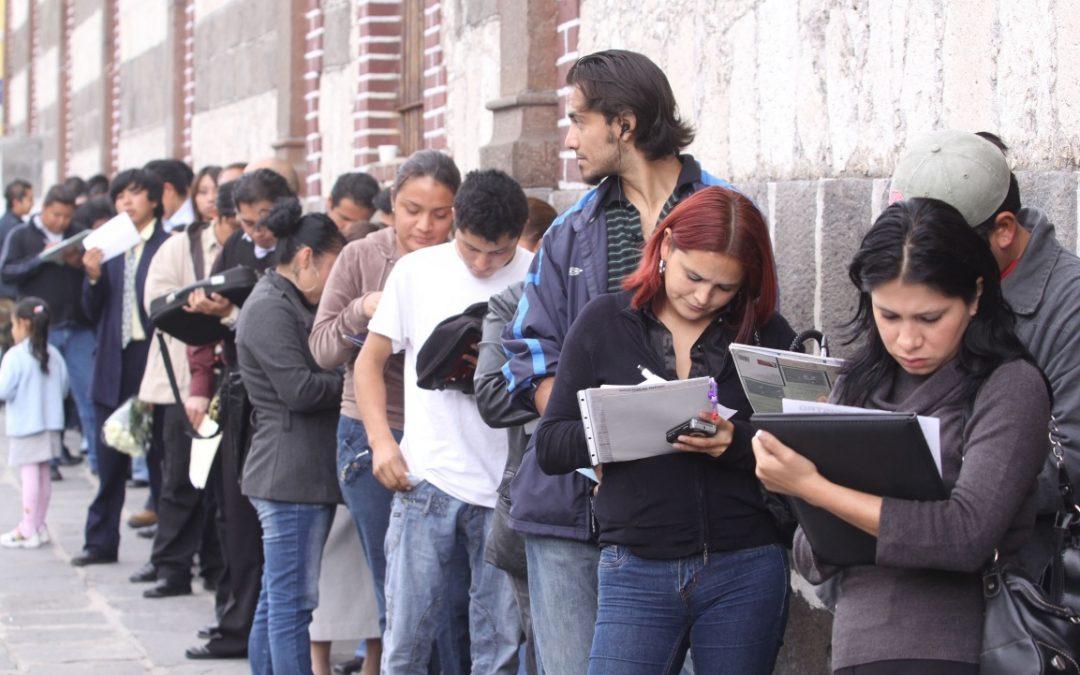Desempleo de Brasil mantuvo máximo histórico de 14,7% en el trimestre hasta abril