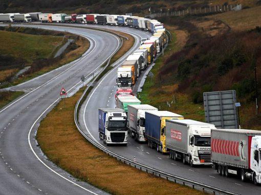 Importaciones de Reino Unido a UE  caen un 47% en enero-febrero