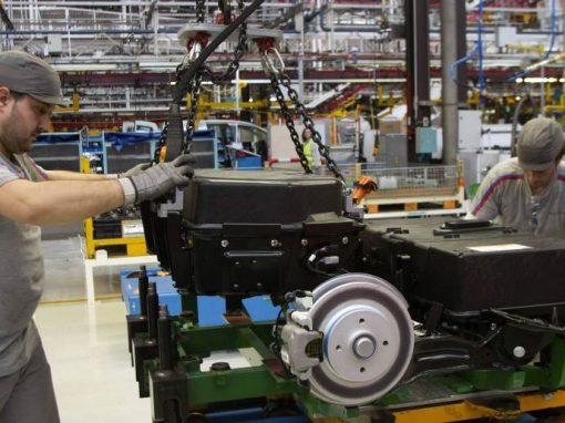 Actividad manufacturera de España registra en abril  su nivel más alto desde 1999