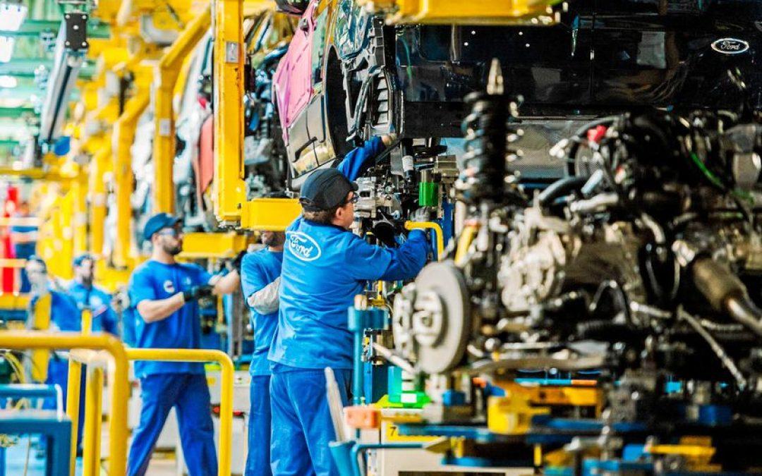 La facturación de la industria española aumentó 69,4% en abril