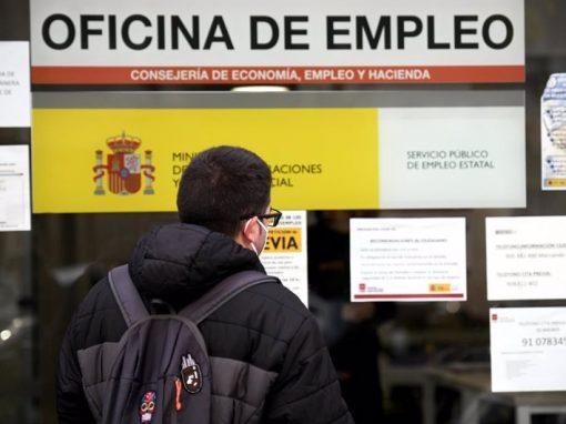 El desempleo en la eurozona descendió tres décimas en junio