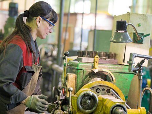 La producción industrial de España se desacelera en mayo