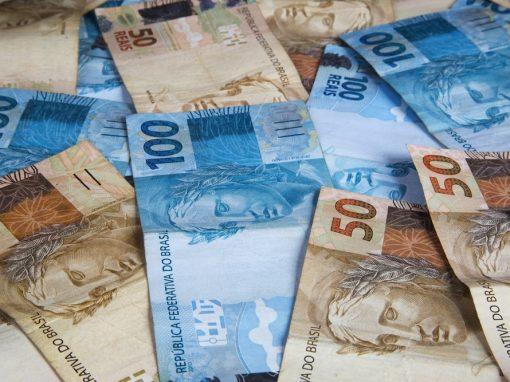 La deuda y el déficit públicos de Brasil disminuyeron en junio