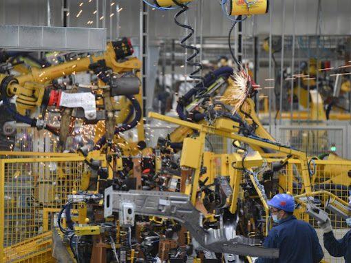 Los beneficios industriales de China crecieron en primeros seis meses