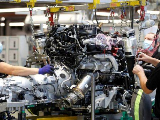 La actividad de las fábricas españolas crece en agosto