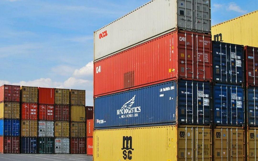 El superávit comercial de Argentina registró un aumento interanual en agosto