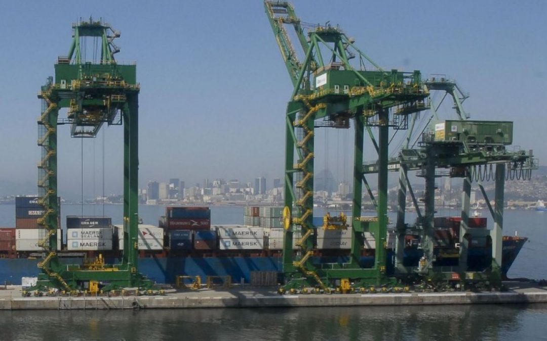 El superávit comercial brasileño se incrementó en agosto