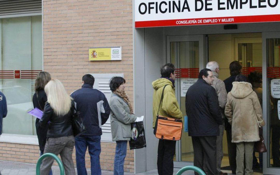 La tasa de desempleo en España baja en agosto hasta niveles previos a la pandemia