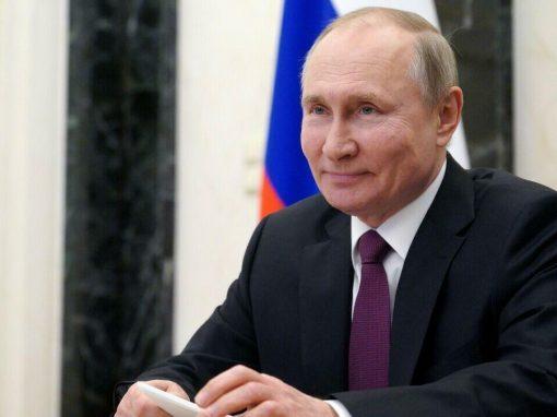 """Putin intenta frenar el gasto del """"fondo para imprevistos"""" mientras se avecina la transición energética"""