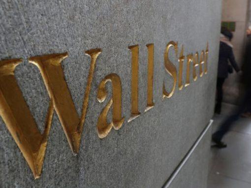 """Wall Street proyecta una era """"más alta durante más tiempo"""" para los precios del petróleo"""