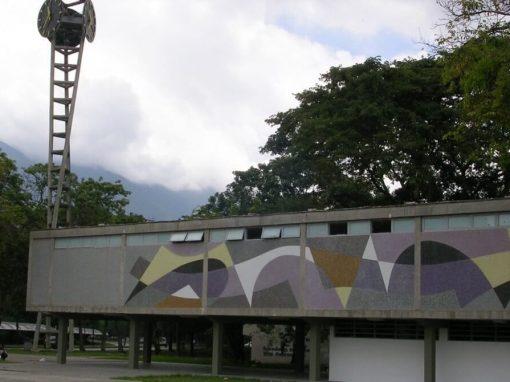 La reconstrucción y recuperación de la UCV contará con una inversión de USD 40 millones, según Maduro